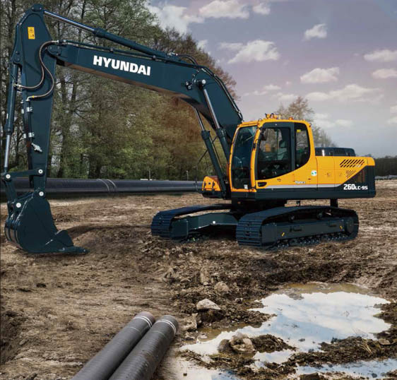 HPE Africa's Hyundai R260LC-9S tracked excavators cope efficiently in harsh operating conditions in many industries, including construction, civil engineering, mining and quarrying. Image credit: Hyundai