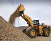 The new Cat 992 Wheel Loader increases productivity with up to 32%. The new machine is about 48% more efficient. Photo by Cat
