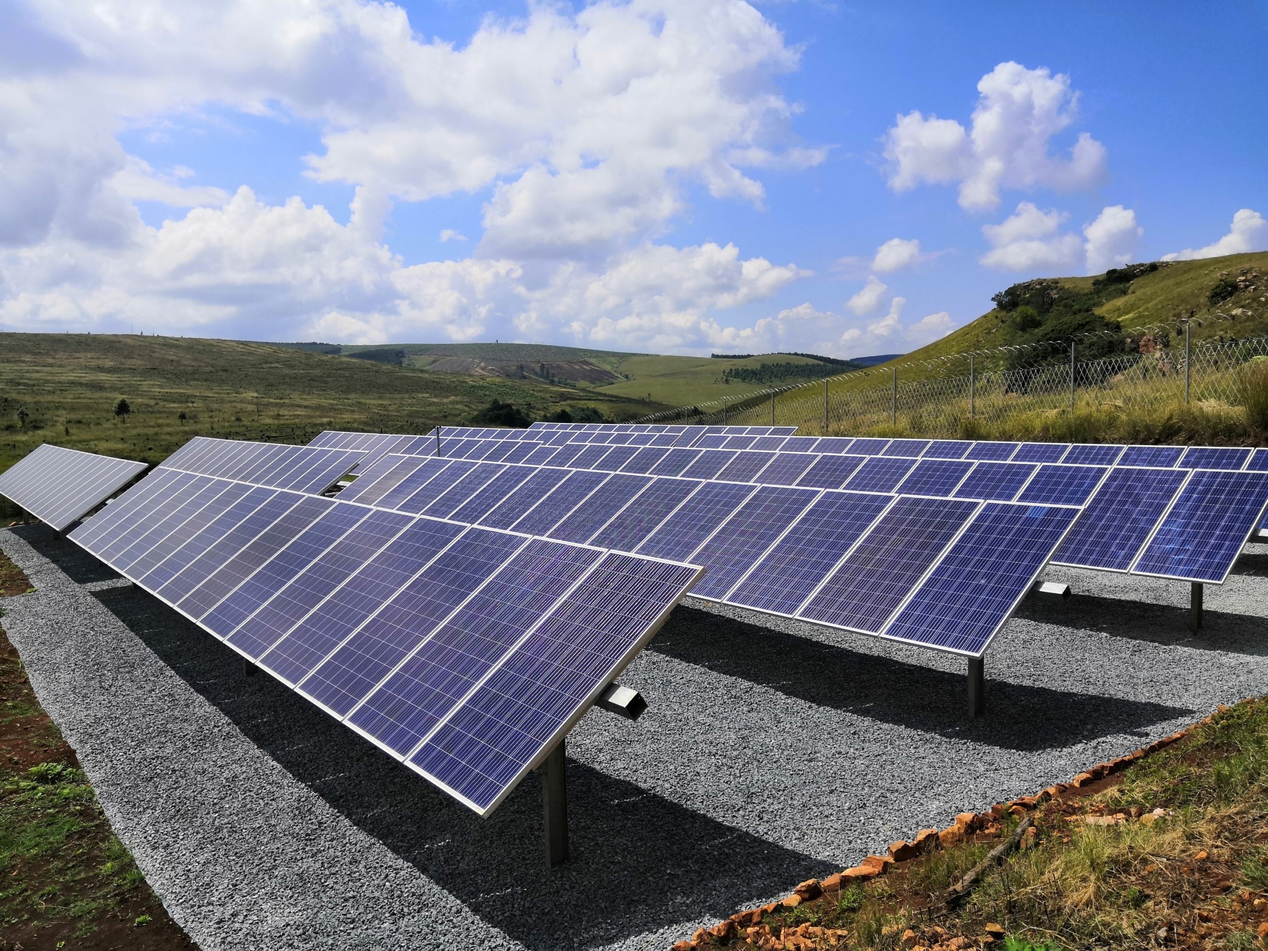Solar panels aligned with the sun. Image : igus South Africa